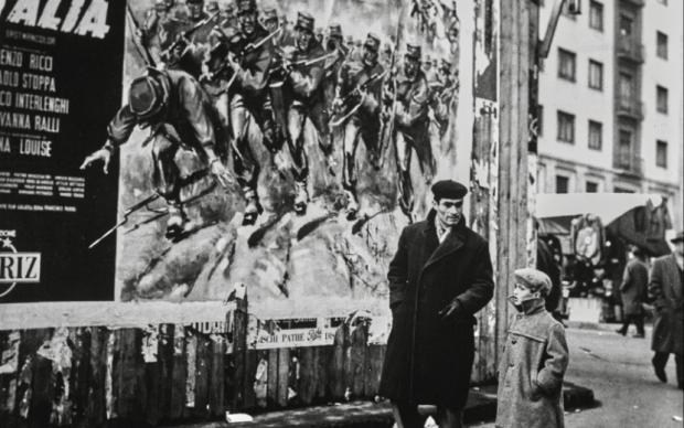 Nino de' Pietro Milano, 1970 Raccolte Museali Fratelli Alinari (RMFA)-archivio De Pietro, Firenze