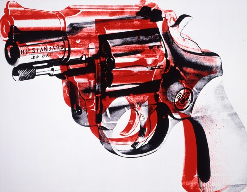 Andy Warhol, Pistola. 1981. Collection of the Andy Warhol Museum, Pittsburgh © 2017 The Andy Warhol Foundation for the Visual Arts, Inc. / VEGAP