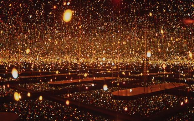 Yayoi KUSAMA, Infinity Mirror Room Fireflies on the Water, 2000
