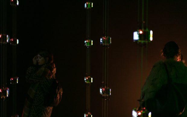 999. Una collezione di domande sull'abitare contemporaneo -La Triennale in Minecraft, a cura di Studiolabo e Marco Vigelini -Studiolabo, Sandbox. La stanza dei giochi non ha pareti -Print Club Torino_quattrolinee -installazione edison_999 domande_una sola energia Foto: Gianluca di Ioia Courtesy: La Triennale di Milano