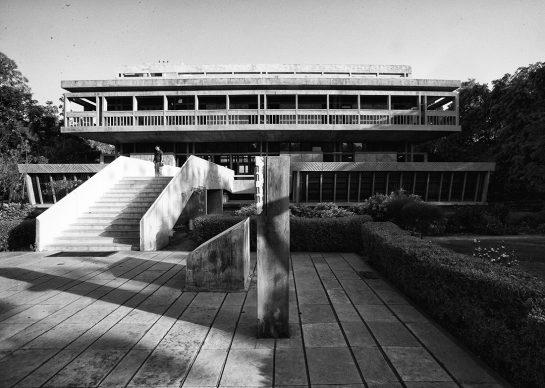 Balkrishna Doshi, Institute of Indology, 1962, Ahmedabad, India - Photo courtesy of VSF - Courtesy of the Pritzker Architecture Prize