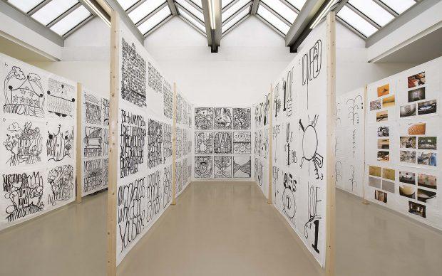 """Matt Mullican Veduta della mostra, """"12 by 2"""",Institut d'Art Contemporain, Villeurbanne/Rhône-Alpes, 2010 Courtesy dell'artista e Mai 36 Galerie, Zurigo Foto: Blaise Adilon, Lione"""