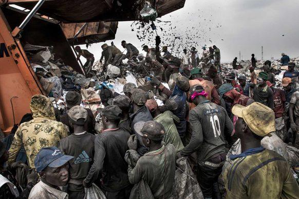 Wasteland. Kadir van Lohuizen/Netherlands  Noor Images
