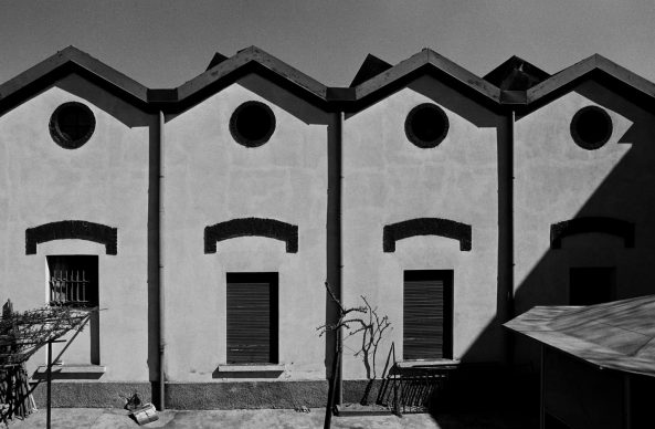 Dalla serie 1978/1980 Milano. Ritratti di fabbriche © Gabriele Basilico/Archivio Gabriele Basilico, Milano