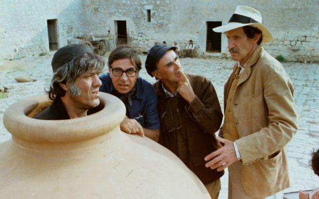 Umberto Montiroli, Franco Franchi e Ciccio Ingrassia con i Fratelli Taviani sul set di Kaos,1984