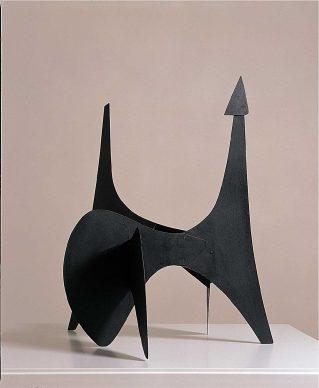 Alexander Calder, Bozzetto per il Teodelapio, 1962, alluminio verniciato, Palazzo Collicola Arti Visive - Museo Carandente Spoleto. Copyright Fototeca Servizio Musei, archivi e biblioteche della Regione Umbria