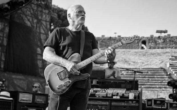 """""""Rattle That Lock"""" David Gilmour Tour Pompeii 2016-07-08 Photo Anna Wloch www.annawloch.com"""