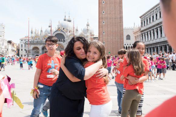Marinella Senatore a Scendi in piazza con WE the KIDS, Kids Creative Lab 6, 2018, Piazza San Marco, Venezia. Photo by Davide Carrer