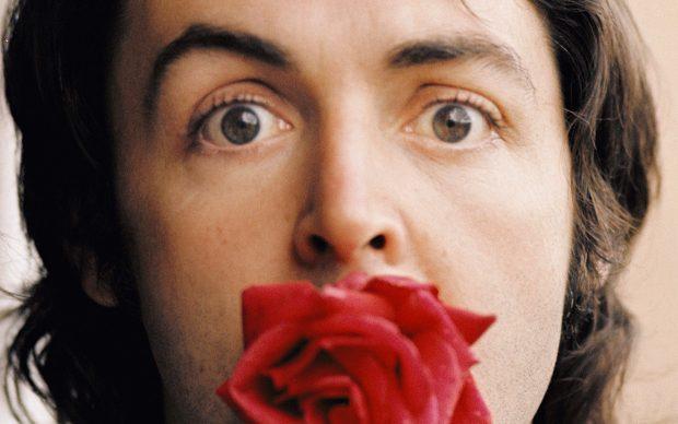Linda McCartney, Paul with Rose, Marrakesh, 1972