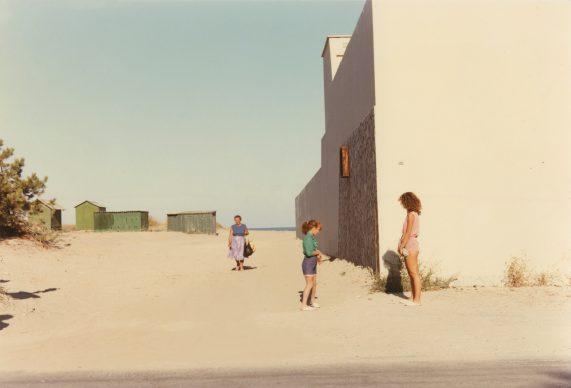 Luigi Ghirri, Marina di Ravenna, 1986 © Eredi di Luigi Ghirri / Courtesy Editoriale Lotus