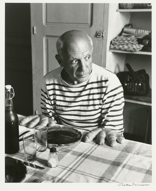 Robert Doisneau, Les pains de Picasso, Vallauris 1952 @ Atelier Robert Doisneau
