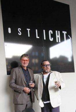 Peter Coeln and Julian Schnabel at OstLicht Gallery, Vienna, 2017 © OstLicht. Gallery for Photography