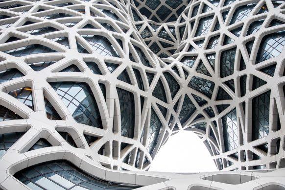 Zaha Hadid Architects, Morpheus Hotel, photo Ivan Dupont