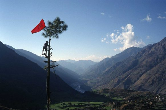 Thomas van Houtryve, Maoist rebel soldier in Rukumkot, Nepal, 2005