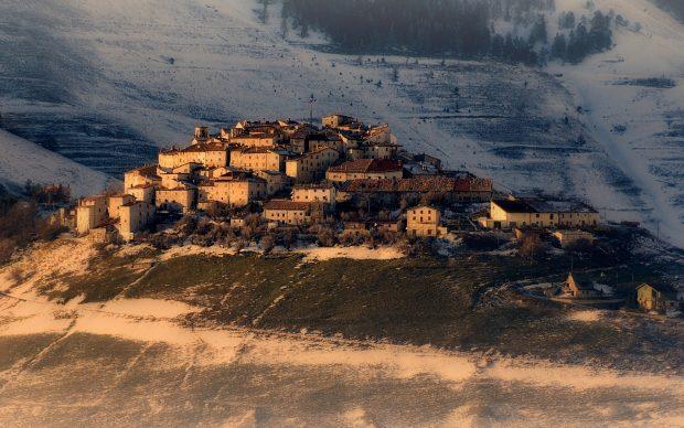 Castelluccio di Norcia, photo by Enrico Pighetti, fonte Flickr