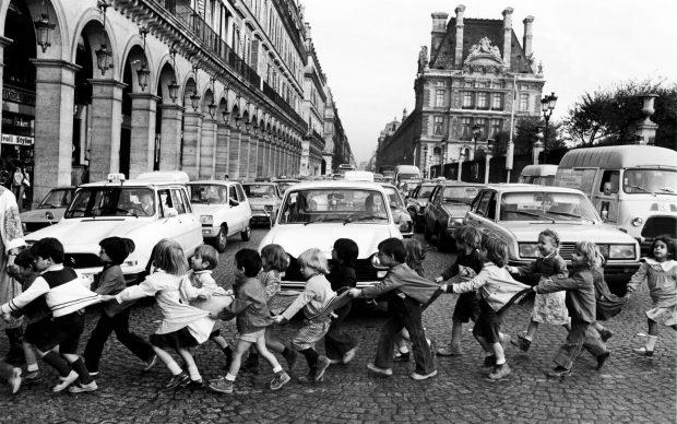 Robert Doisneau, Les tabliers de Rivoli, Paris 1978 @ Atelier Robert Doisneau