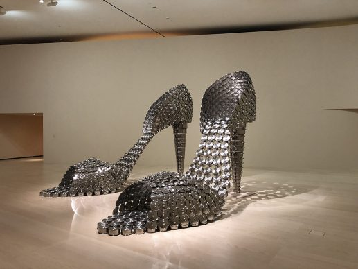 Joana Vasconcelos, Marilyn (AP), 2011. Collection of the artist. Work produced with the support of Silampos, S.A. © Joana Vasconcelos, VEGAP, Bilbao, 2018