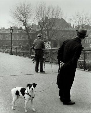 Robert Doisneau, Un chien du pont des Arts, 1953 @ Atelier Robert Doisneau