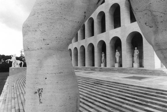 Tim Benton, Palazzo della Civiltá Italiana, EUR (archs. Giovanni Guerrini, Ernesto La Padula and Mario Romano). Gelatine silver print, 1976. Copyright Tim Benton / RIBA Collections