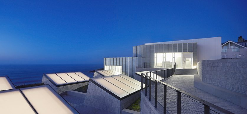 Jamie Fobert Architects, Tate St Ives Cornwall © Hufton Crow - Credit: RIBA Stirling Prize