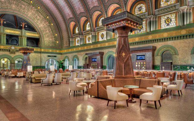 St. Louis Union Station Hotel, Curio Collection by Hilton (1893) St. Louis, Missouri
