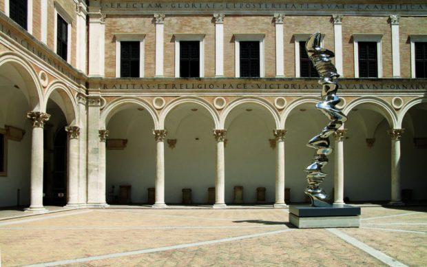 Tony-Cragg Elliptical Column Palazzo Ducale Urbino