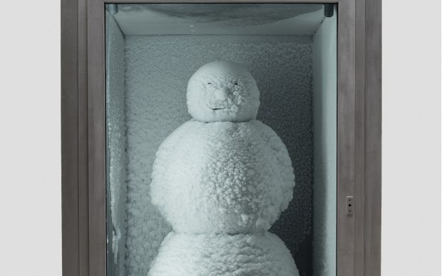 Peter Fischli and David Weiss. Snowman. 1987/2016. Copper, aluminum, glass, water, and coolant system, 85 7/8 x 50 3/8 x 65″ (218 x 128 x 165 cm). Courtesy Matthew Marks Gallery. © Peter Fischli and David Weiss