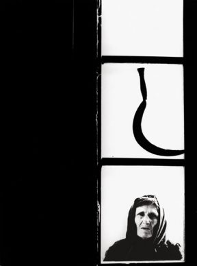 Alfredo Camisa, La falce, Toscana, 1955 © Archivio fotografico Alfredo Camisa