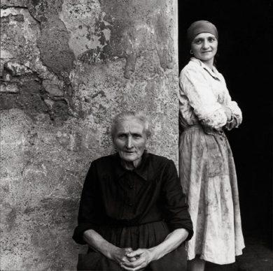 Tranquillo Casiraghi, Gente della Torretta, Sesto S. Giovanni, Milano anni '50 © Eredi Tranquillo Casiraghi