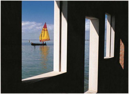 Fulvio Roiter, Isola di San Giacomo in Paludo, Laguna veneta 2005 © Fondazione Fulvio Roiter