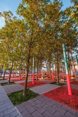 Passages Insolites 2018, LEGAGA (Québec) : The Pillars of Post-Postmodernism. Photo: Stéphane Bourgeois
