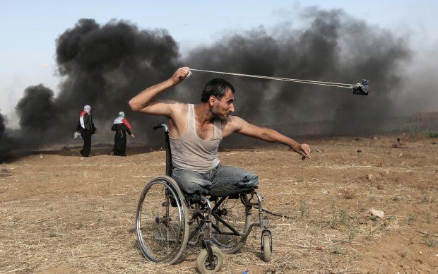 AFP PHOTO / MAHMUD HAMS striscia di gaza scontri palestinesi israele