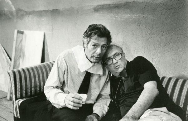 Marcello Mastroianni e Federico Fellini sul set de La città delle donne. Photo: Cineteca di Bologna / Reporters Associati & Archivi
