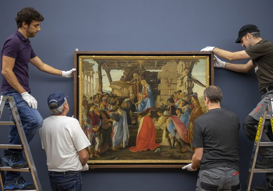 Sandro Botticelli, The Adoration of the Magi, c. 1475. Panel 111 x 143 cm Florence, Galleria degli Uffizi © Florence, Gabinetto Fotografico delle Gallerie degli Uffizi Photo: Haydar Koyupinar, Bayerische Staatsgemäldesammlungen