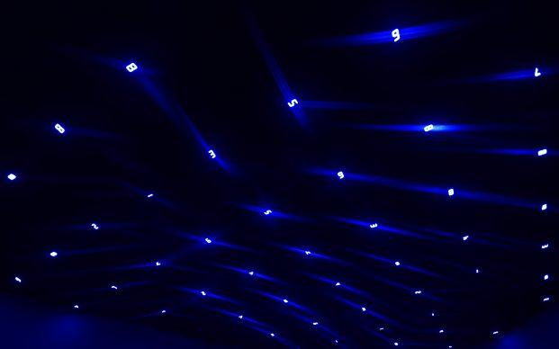 Tatsuo Miyajima, Time Sky 2018. LED, IC, filo elettrico. Courtesy: l'artista