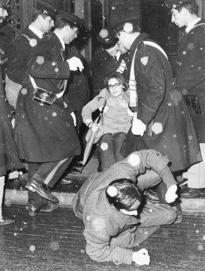 Torino, dimostrazioni studentesche a Palazzo Campana, gennaio, 1968. LA STAMPA