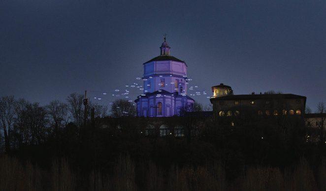 Torino, Luci d'Artista 2013-14. Nella foto: Piccoli Spiriti Blu, Rebecca Horn, Monte dei Cappuccini © www.comune.torino.it, foto di Alberto Ramella