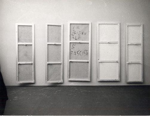 Venezia, opere occultate in segno di protesta alla XXXIV Biennale di Venezia, giugno. La Biennale di Venezia/ASAC