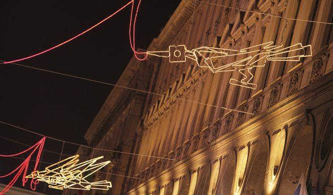 Torino, Luci d'Artista. Francesco Casorati, Volo su ... © - www.comune.torino.it - foto di Mauro Donato