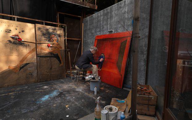 David Lynch in studio © David Lynch