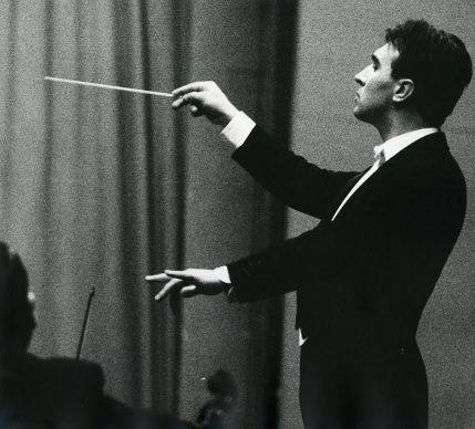 Lisetta Carmi, Claudio Abbado, Genova, 1963,© Lisetta Carmi, courtesy Martini & Ronchetti