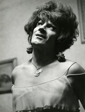 Lisetta Carmi, I Travestiti, La Gitana,1968 c. @ Lisetta Carmi, courtesy Martini & Ronchetti