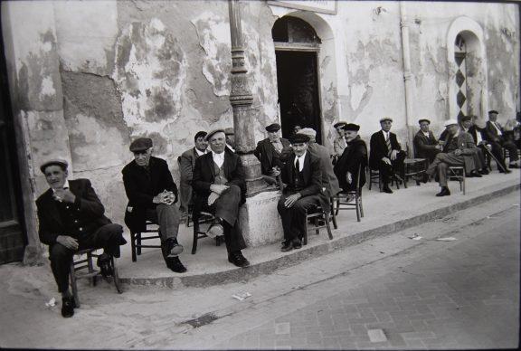 Lisetta Carmi, Sicilia, 1976 ©Lisetta Carmi, courtesy Martini & Ronchetti