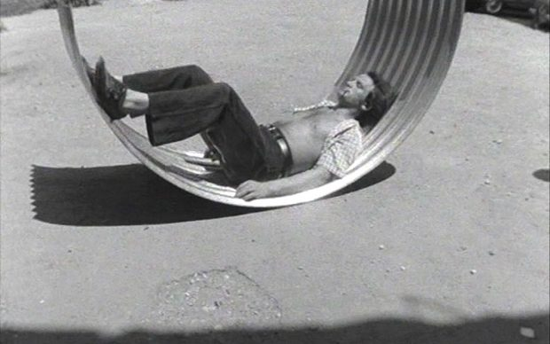 Luca-Maria-Patella-SKMP2-1968-–-still-da-video-Courtesy-Fondazione-Centro-Sperimentale-di-Cinematografia-Cineteca-Nazionale