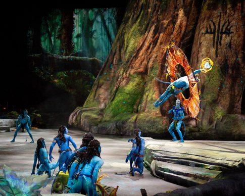 Cirque du Soleil, Toruk – Il primo volo. Picture credit: Errisson Lawrence © 2015 Cirque du Soleil. Costume credit: Kym Barrett