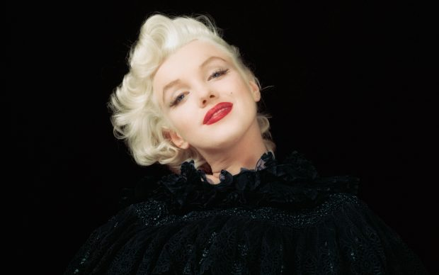 Marilyn Monroe photographed by Milton H. Greene © 2018 Joshua Greene www.archiveimages.com