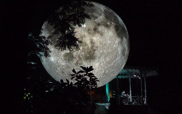 Museum_of_the_Moon_photo by Luke Jerram