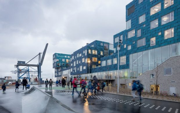 C.F. Møller Architects, CIS – Copenhagen International School Nordhavn, København, Danimarca, Photo credit: Adam Mørk