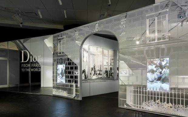Dior-From-Paris-to-the-World-Denver-Art-Museum-Photo-by-James-Florio-courtesy-Denver-Art-Museum