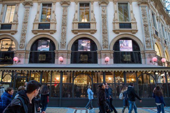 MASBEDO, Romans Roman (Hommage à Roman Signer),2018, installation view presso Galleria Cracco. Courtesy the artists, Galleria Cracco, Sky Arte, photo by Carmine Conte